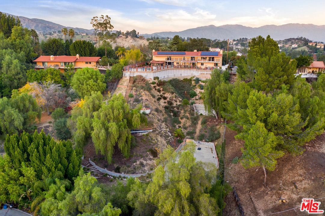 Photo of 17780 RIDGEWAY RD, Granada Hills, CA 91344