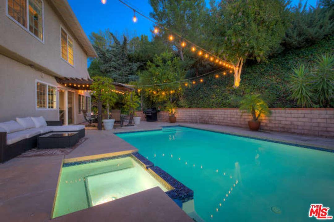 4571 POE, Woodland Hills, CA 91364
