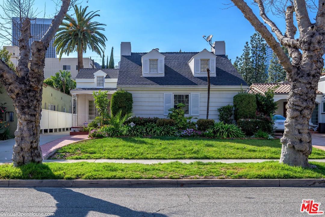 325 LINDEN, Beverly Hills, CA 90212