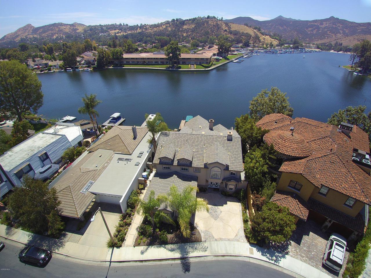 Photo of 3906 FAIRBREEZE CIRCLE, Westlake Village, CA 91361