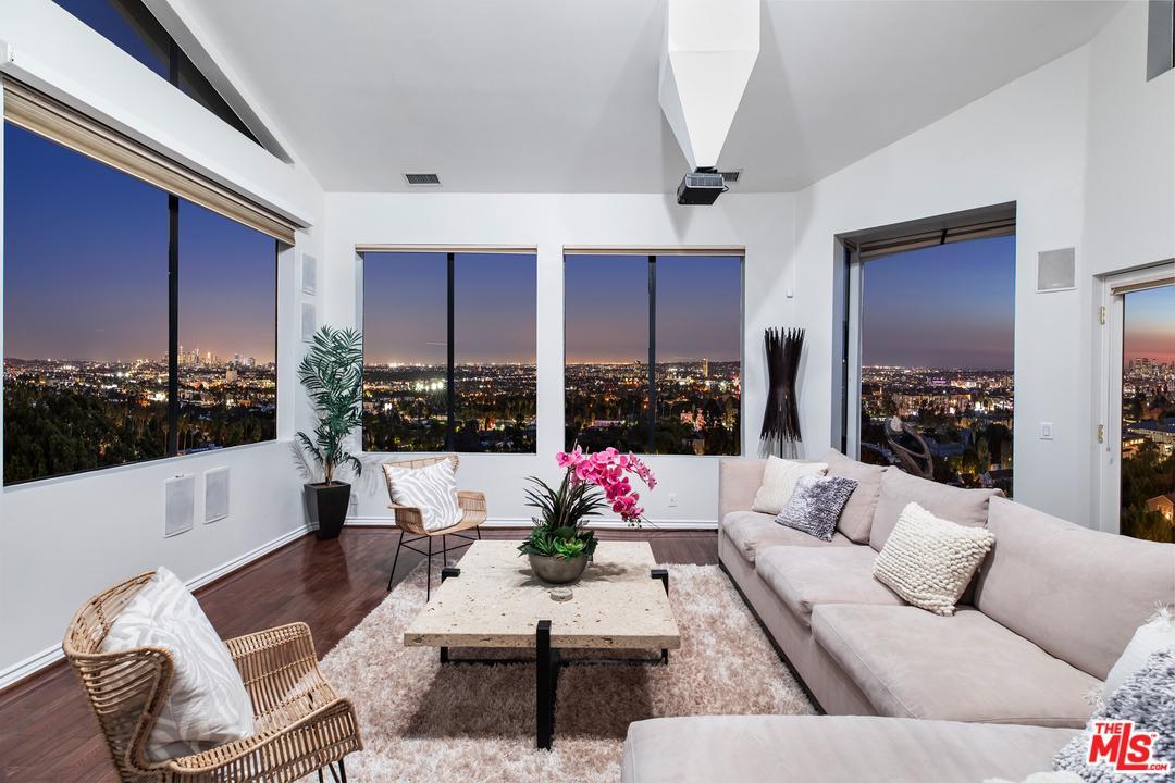 7866 FAREHOLM DR, Los Angeles (City), CA 90046