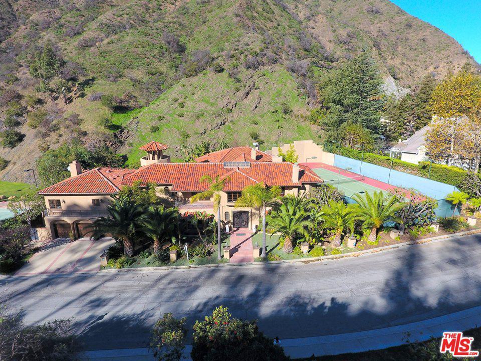 Photo of 1345 MORAGA DR, Los Angeles, CA 90049