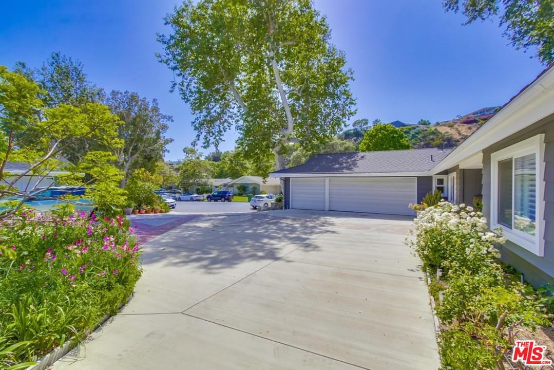 6202 FRONDOSA, Malibu, CA 90265