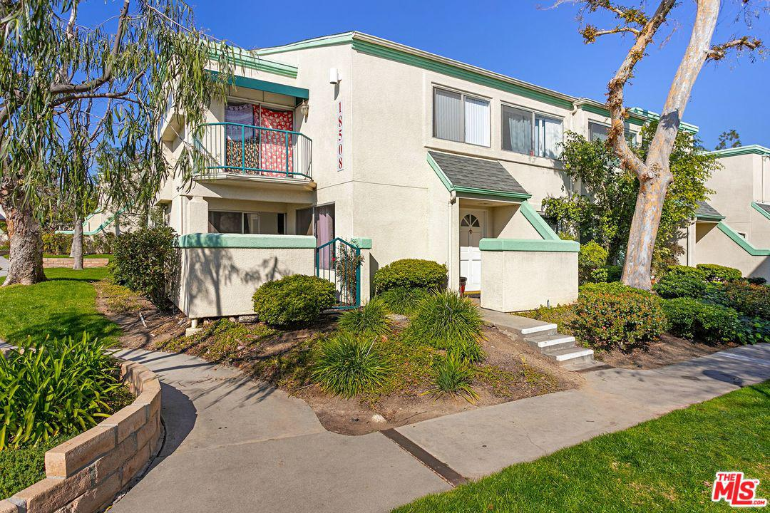 18508 MAYALL, Northridge, CA 91324