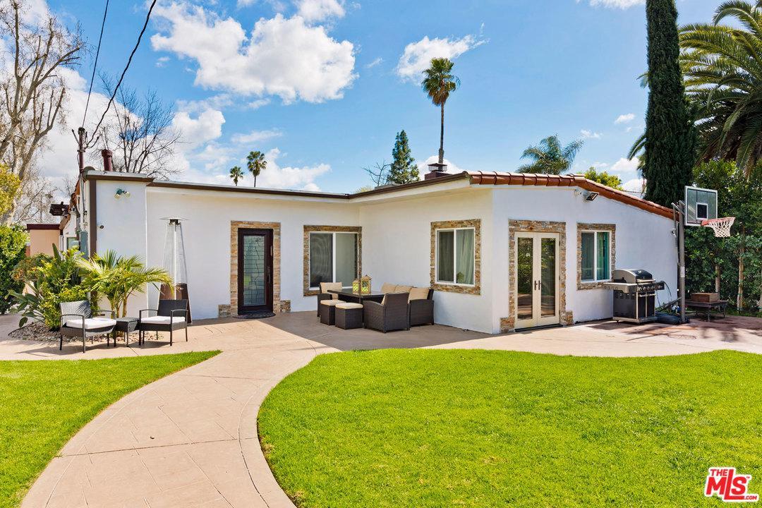 6160 LAURELGROVE, North Hollywood, CA 91606