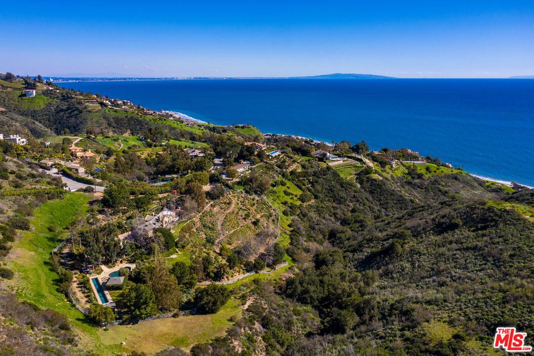 Photo of 22313 CARBON MESA RD, Malibu, CA 90265