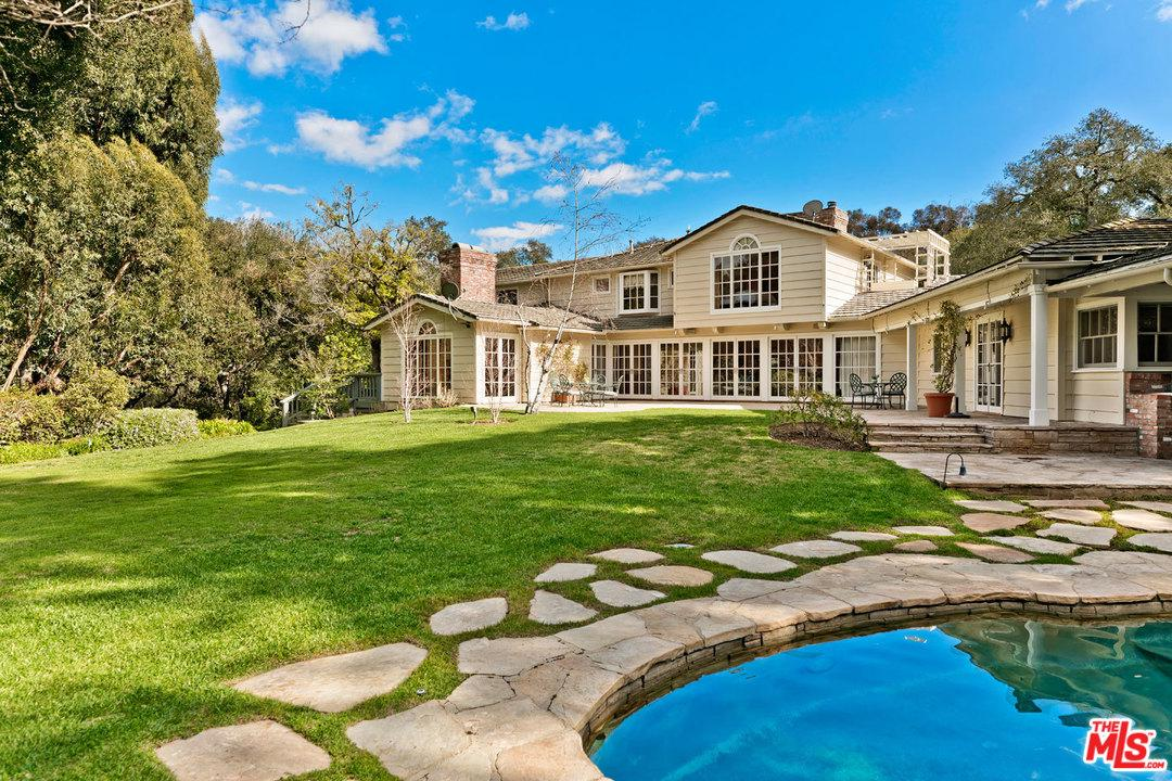 3301 OAKDELL Road - Studio City, California