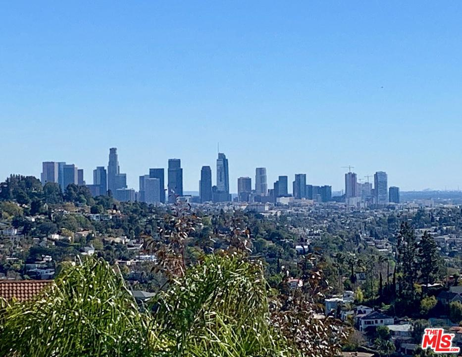 4129 PARVA, Los Angeles (City), CA 90027