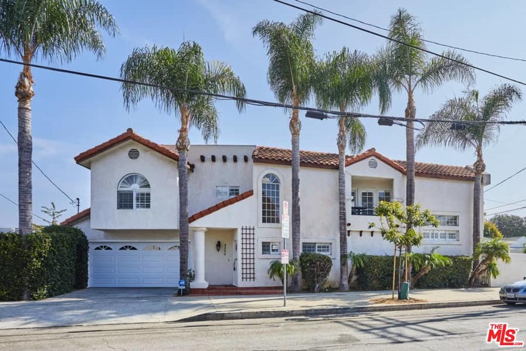 Photo of 2250 GRANVILLE AVE, Los Angeles, CA 90064