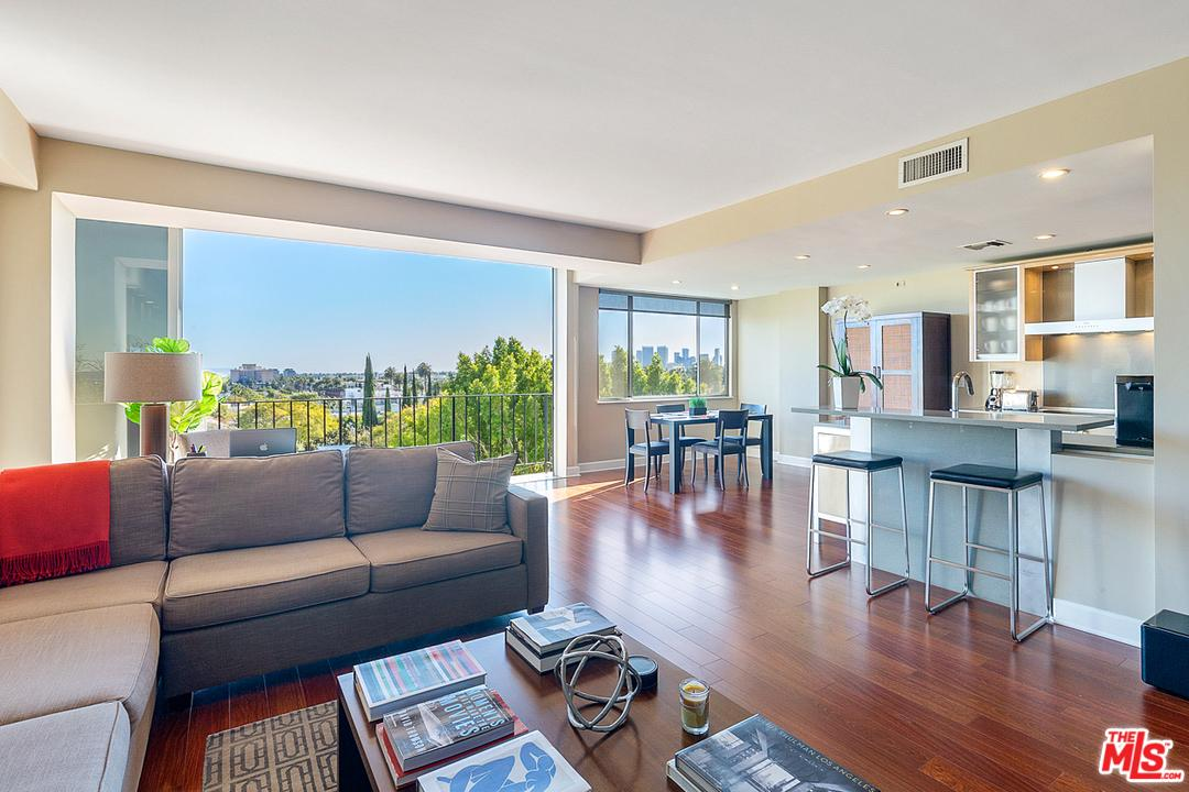 818 DOHENY, West Hollywood, CA 90069