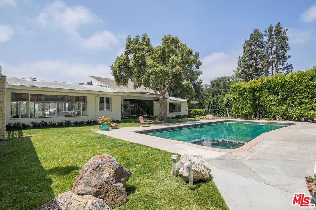 Photo of 248 N GLENROY AVE, Los Angeles, CA 90049
