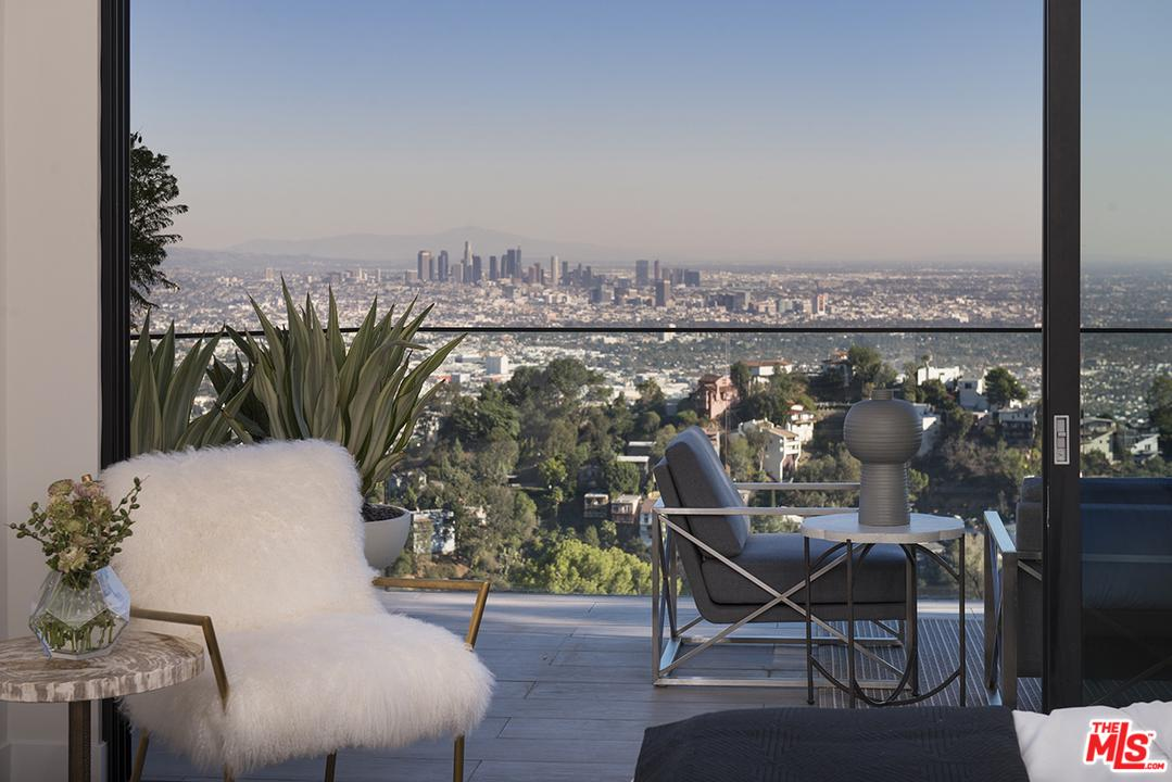 2021 DAVIES, Los Angeles (City), CA 90046