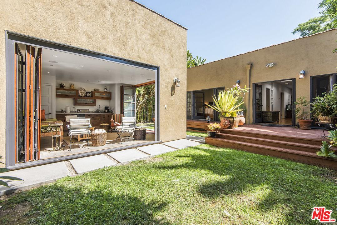 Photo of 1237 POINSETTIA DR, West Hollywood, CA 90046