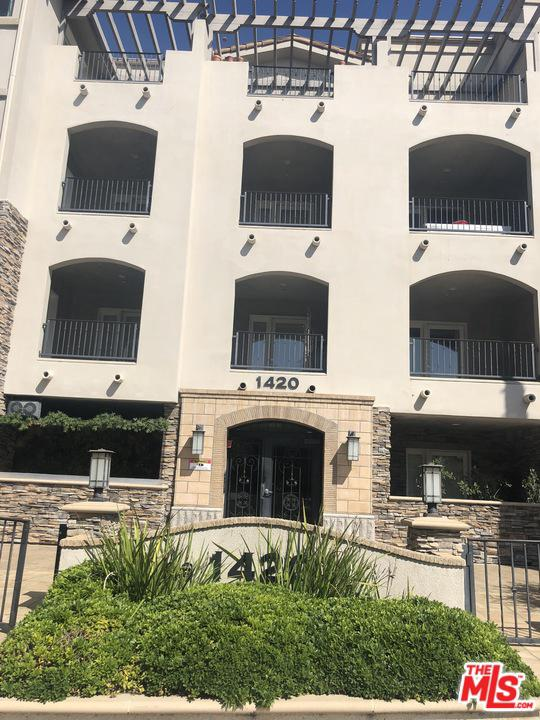 Photo of 1420 BUNDY DR, Los Angeles, CA 90025