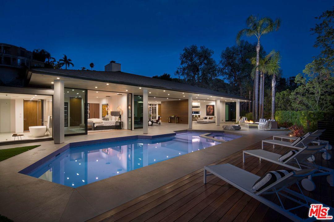 9108 ALANDA, Beverly Hills, CA 90210