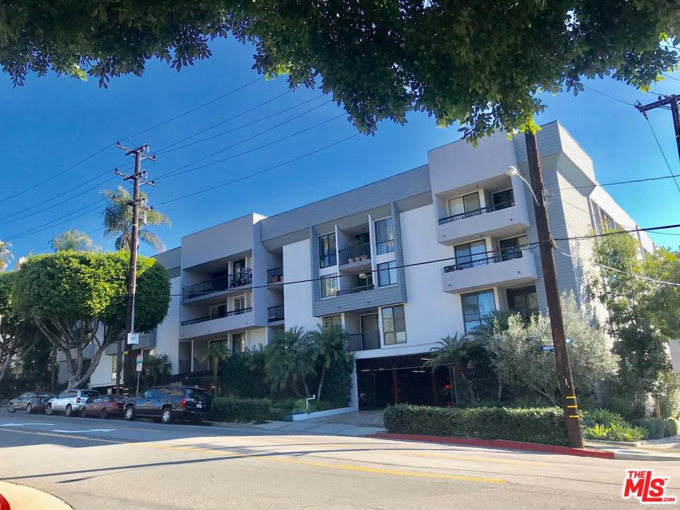 906 DOHENY, West Hollywood, CA 90069