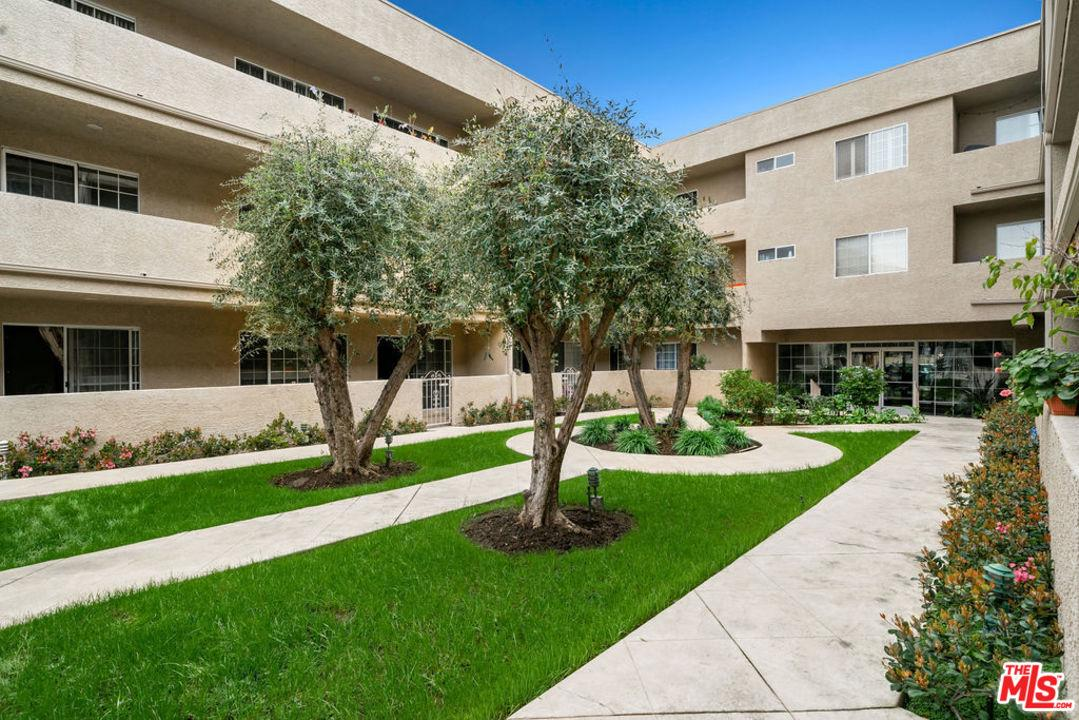 4647 WILLIS, Sherman Oaks, CA 91403