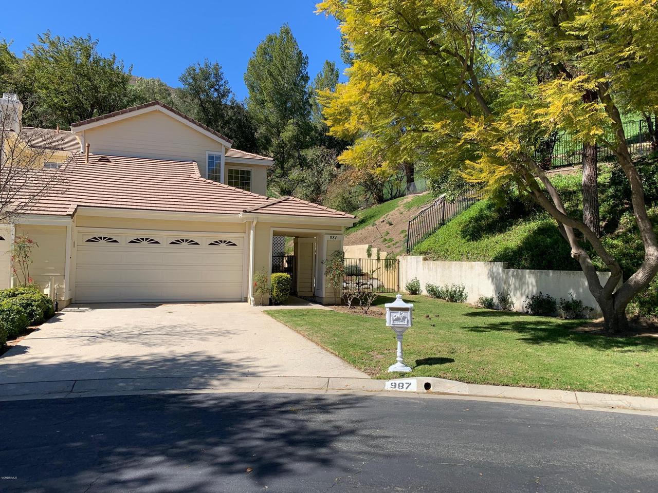 Photo of 987 BLUE MOUNTAIN CIRCLE, Westlake Village, CA 91362
