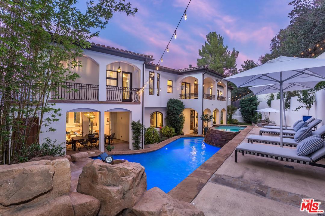 10940 TERRYVIEW Drive - Studio City, California