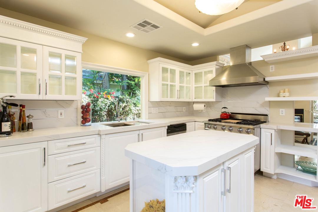 Photo of 2652 MIDVALE AVE, Los Angeles, CA 90064