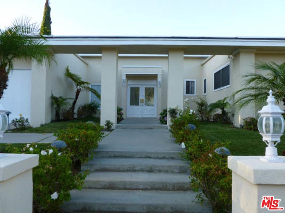 Photo of 2759 AQUA VERDE CIR, Los Angeles, CA 90077
