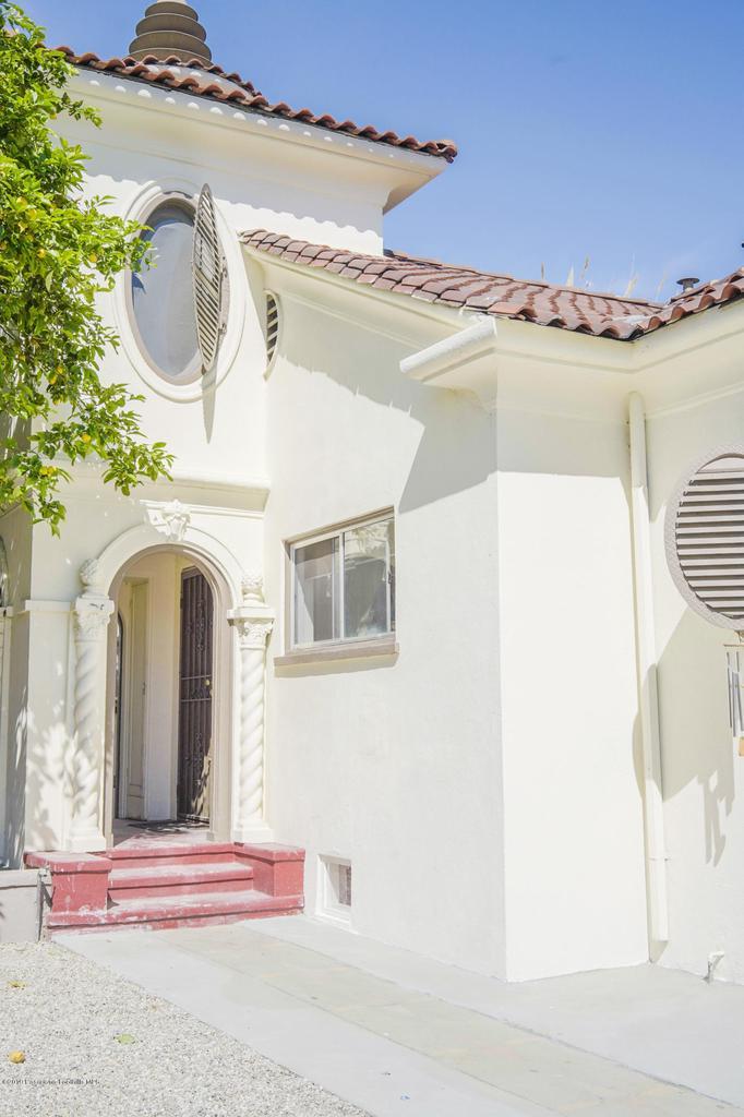 971 HOLLINS, Los Angeles (City), CA 90023 - Front