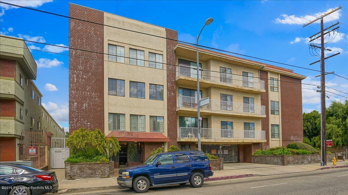 Photo of 19029 NORDHOFF STREET #201, Northridge, CA 91324