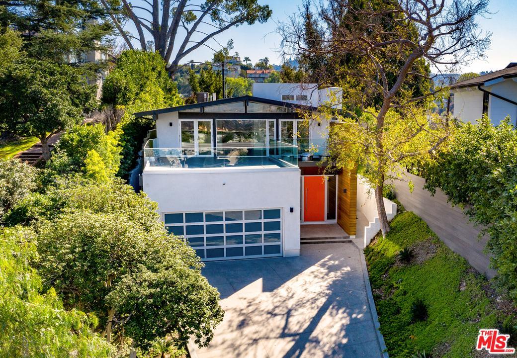 11718 LAURELWOOD Drive - Studio City, California