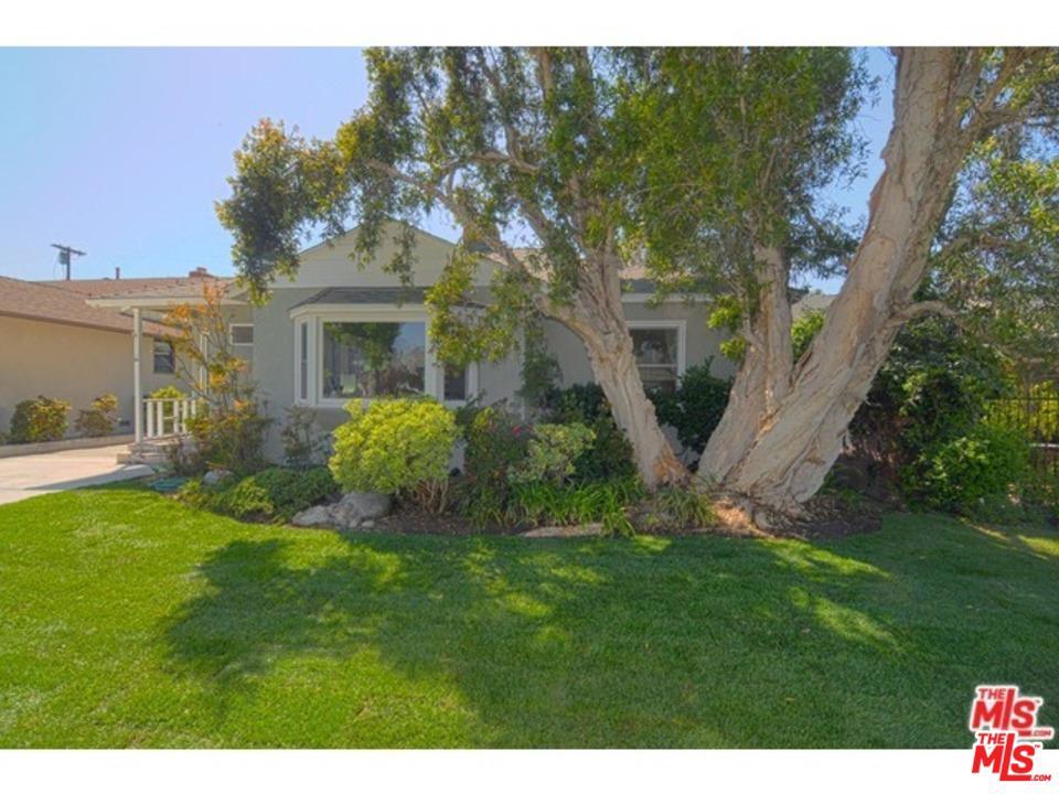 7313 ALVERSTONE, Los Angeles (City), CA 90045