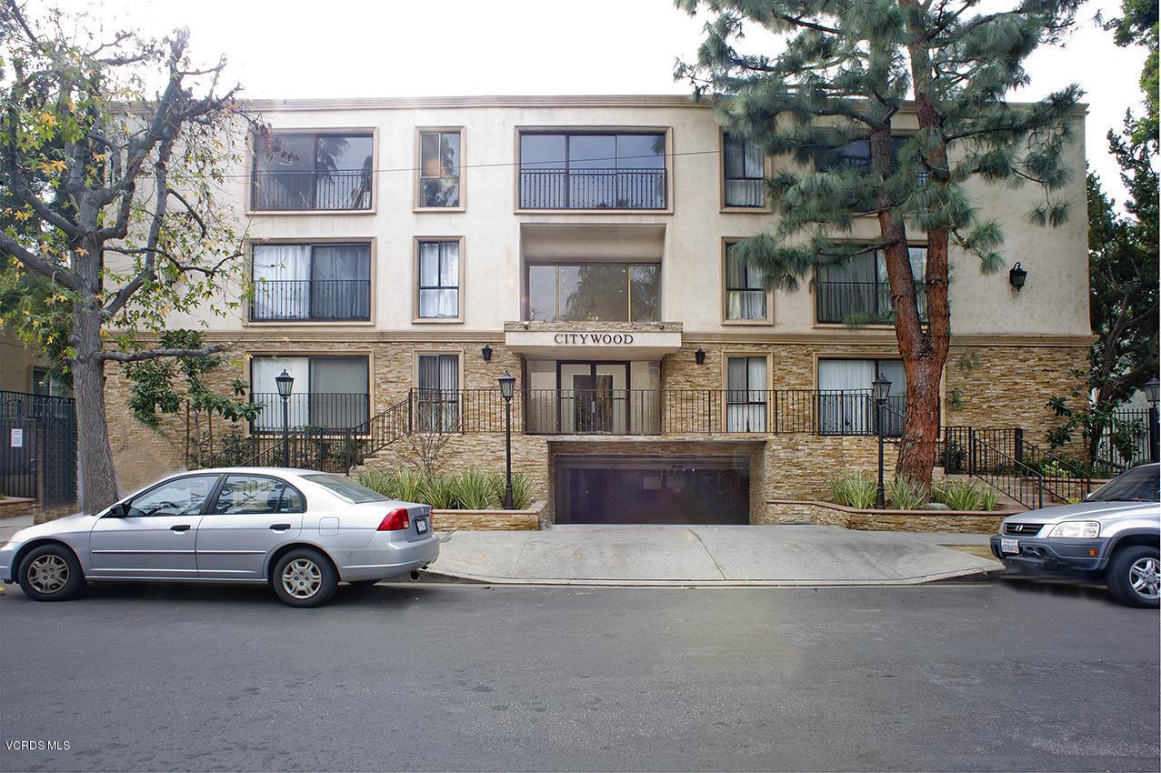 Photo of 15344 WEDDINGTON STREET #208, Sherman Oaks, CA 91411