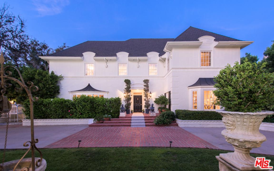 Photo of 626 N CAMDEN DR, Beverly Hills, CA 90210