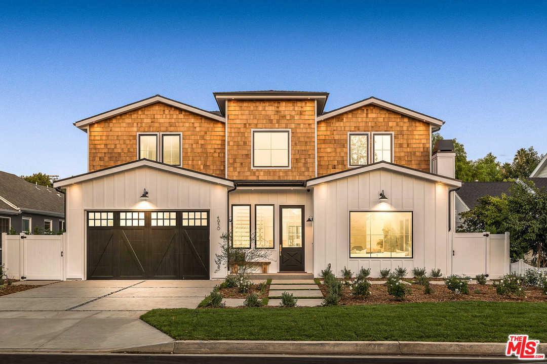 Photo of 4950 MAMMOTH AVE, Sherman Oaks, CA 91423