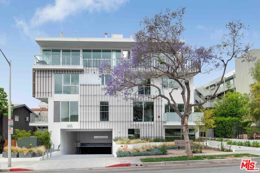 Photo of 1345 HAVENHURST DR, West Hollywood, CA 90046
