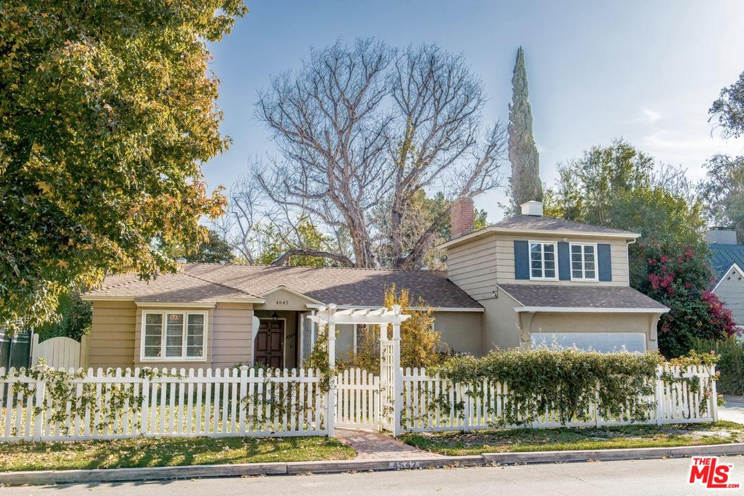 Photo of 4542 LEDGE AVE, Toluca Lake, CA 91602