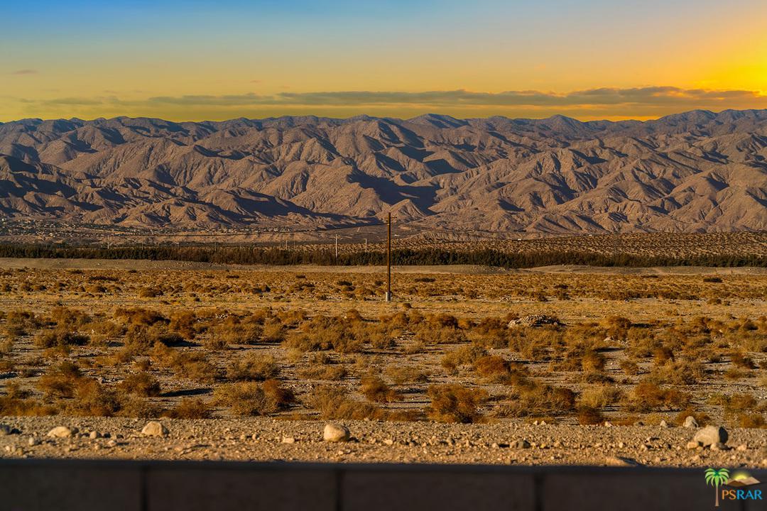 2202 SAVANNA, Palm Springs, CA 92262