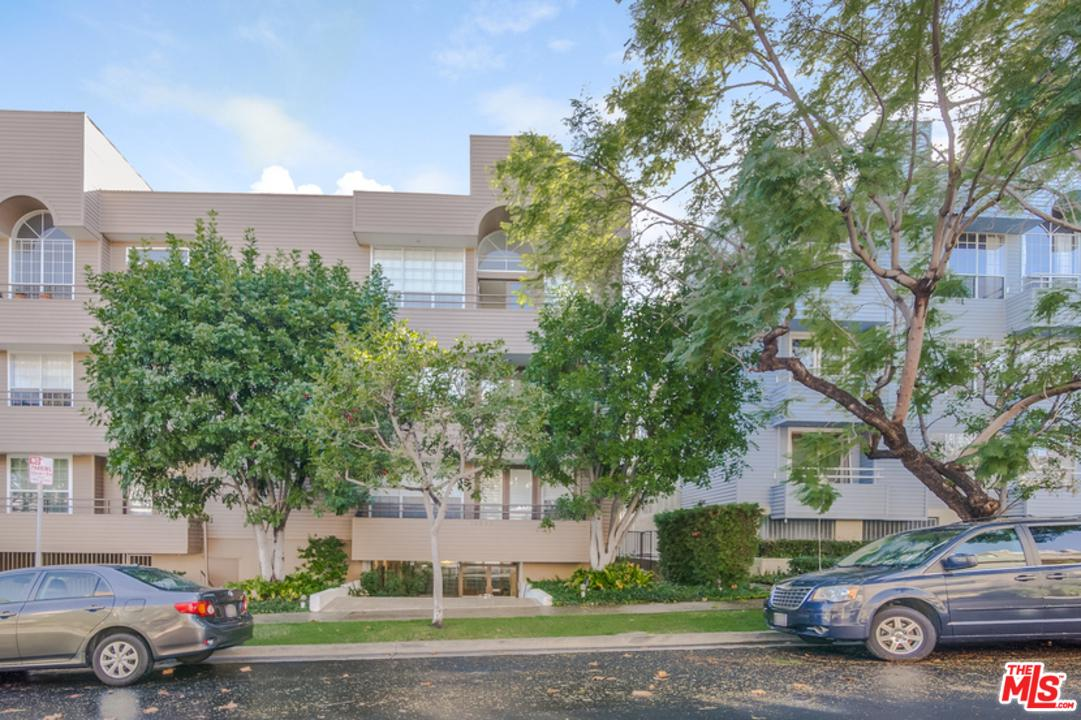 Photo of 10640 WILKINS AVE, Los Angeles, CA 90024