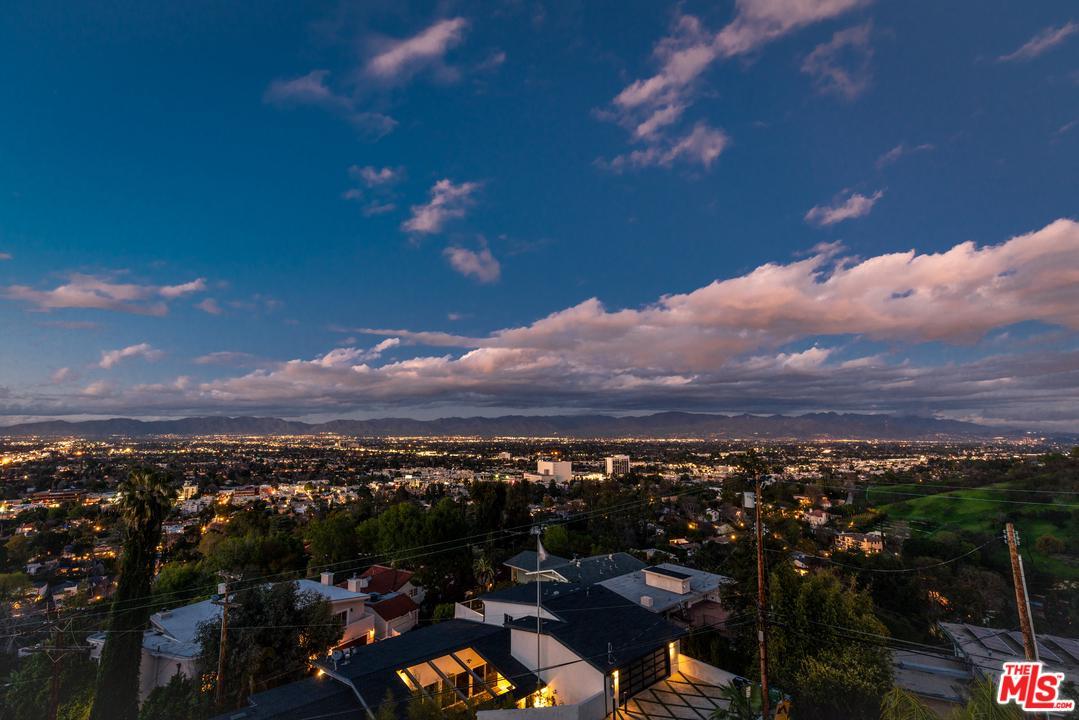 Photo of 4081 CODY RD, Sherman Oaks, CA 91403