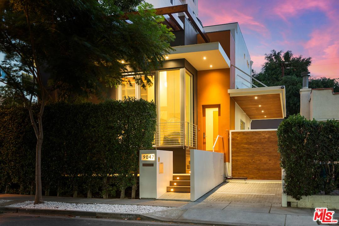 Photo of 9047 NORMA PL, West Hollywood, CA 90069