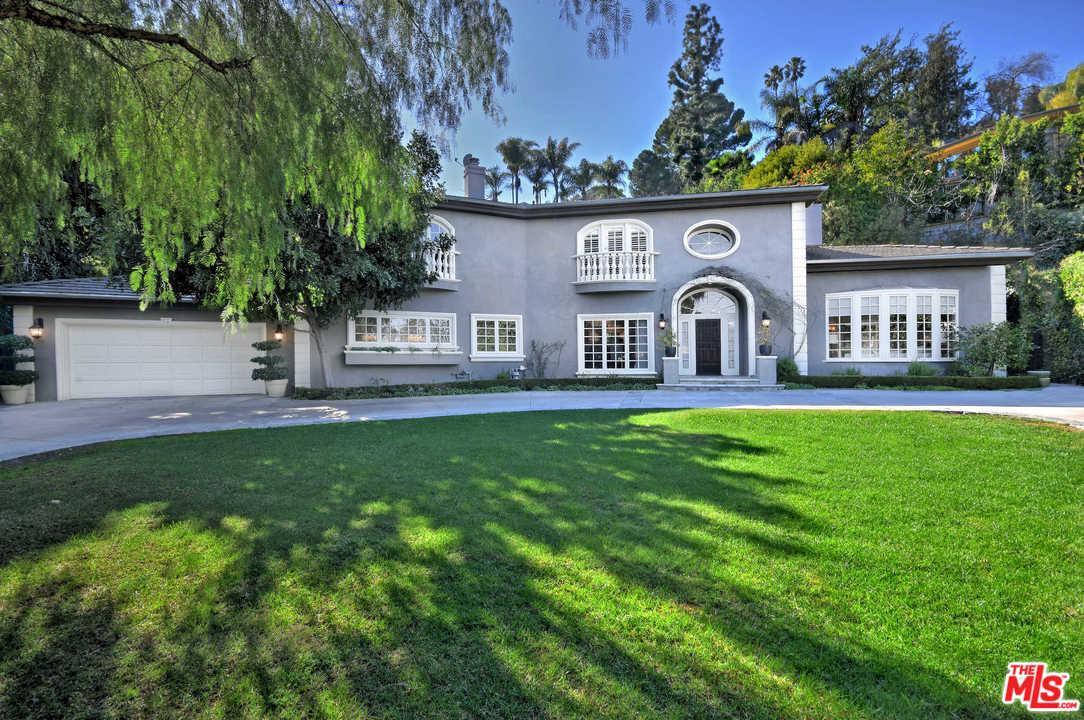 Photo of 14160 VALLEY VISTA, Sherman Oaks, CA 91423