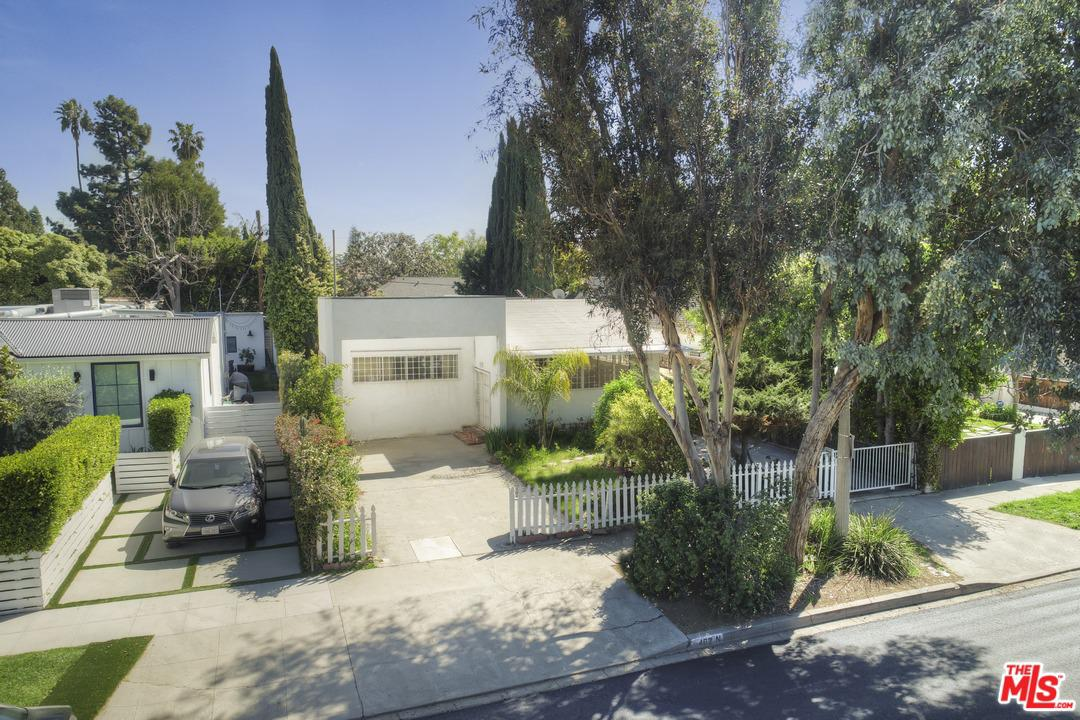 402 PLYMOUTH, Los Angeles (City), CA 90004