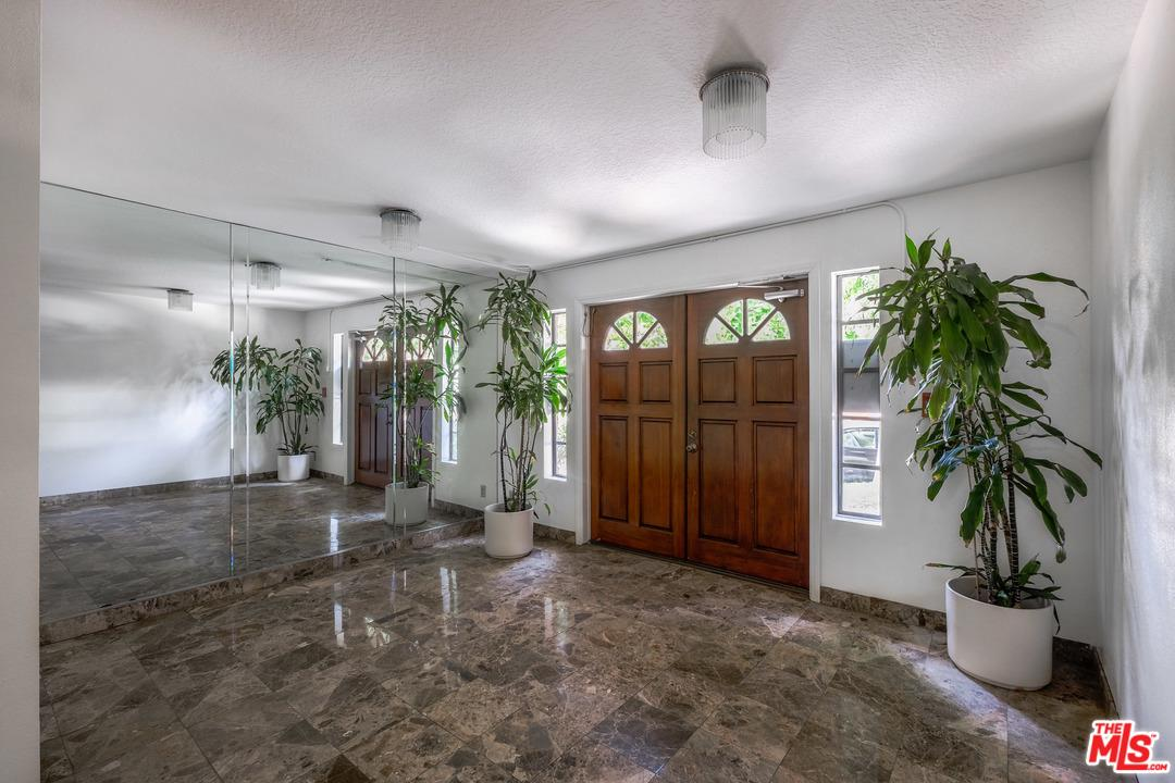 Photo of 10620 EASTBORNE AVE, Los Angeles, CA 90024