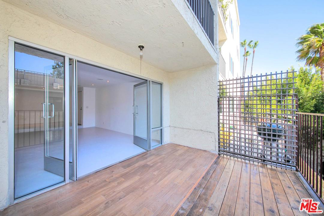 1230 HORN, West Hollywood, CA 90069