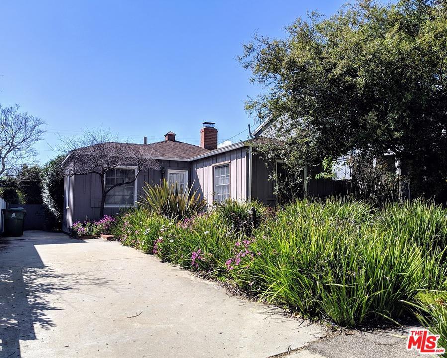 915 HARTZELL, Pacific Palisades, CA 90272