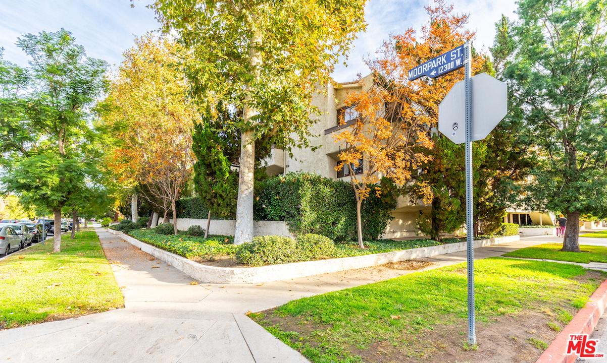 12358 MOORPARK, Studio City, CA 91604