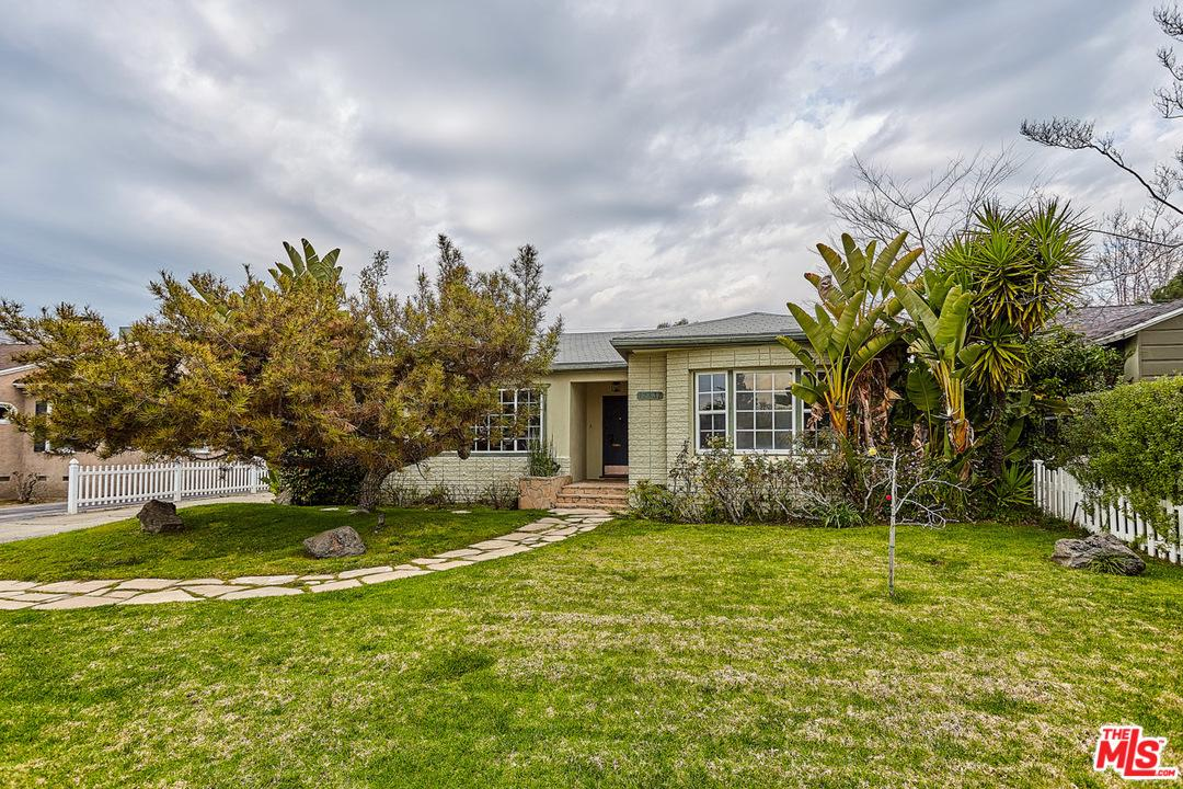 12437 HORTENSE Street - Studio City, California