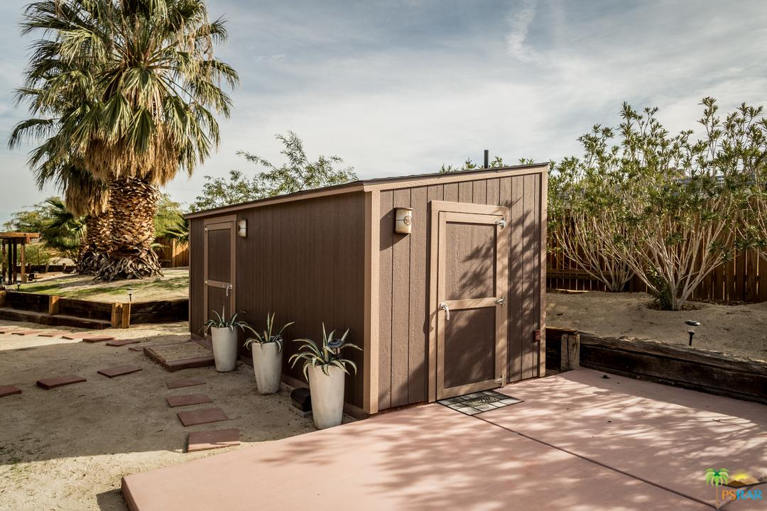 7087 CALIFORNIA, Joshua Tree, CA 92252