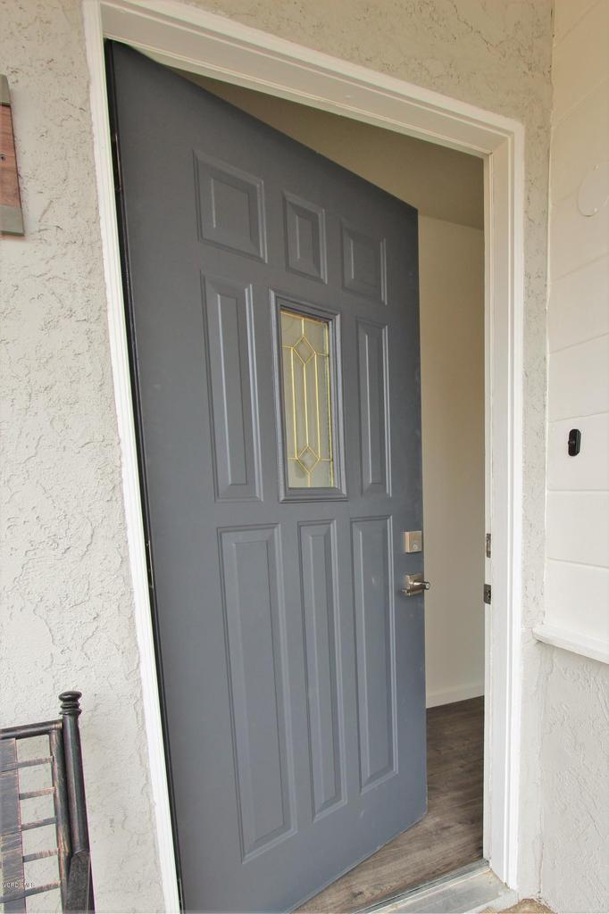 10206 OWENSMOUTH, Chatsworth, CA 91311 - IMG_8163a