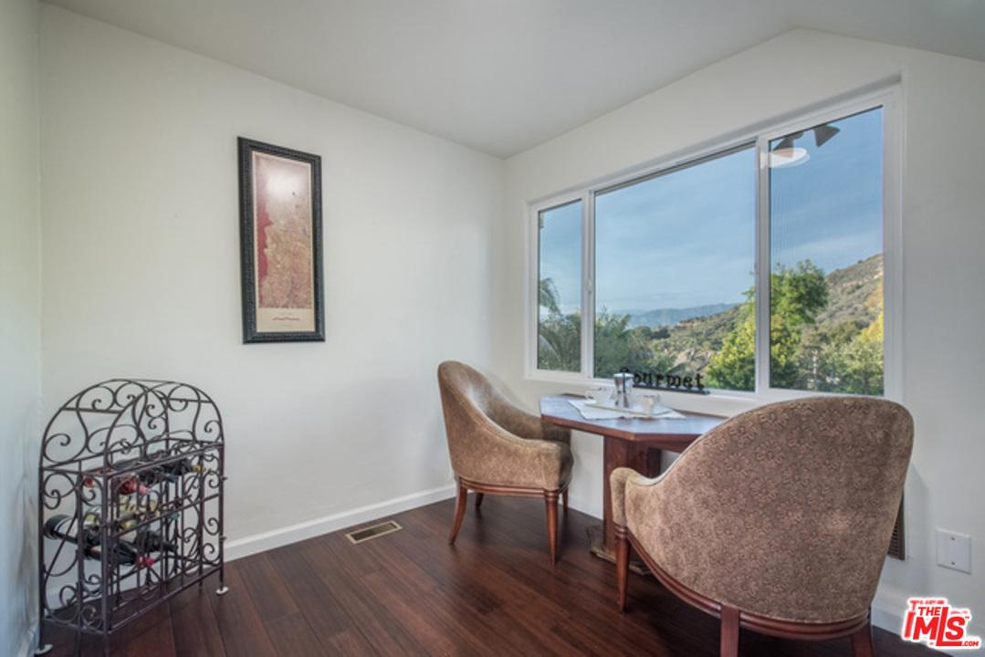 3096 LAKE HOLLYWOOD, Los Angeles (City), CA 90068