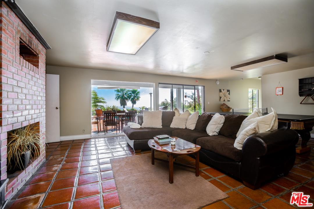 3380 SWEETWATER MESA, Malibu, CA 90265
