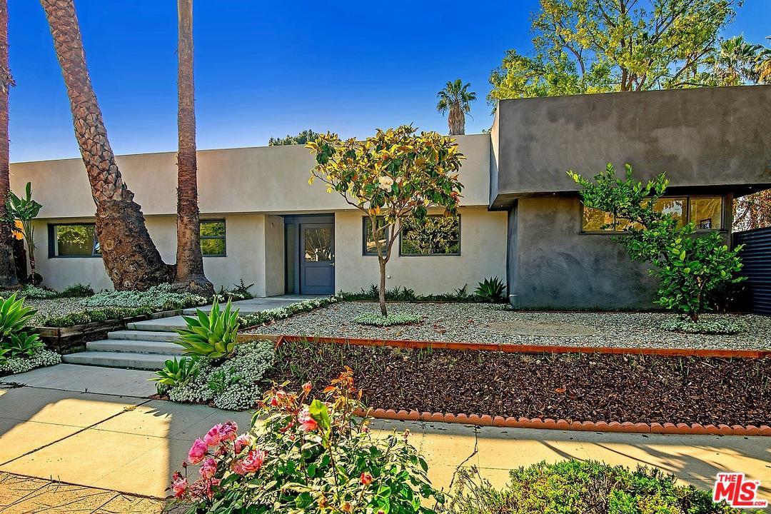 20213 OXNARD, Woodland Hills, CA 91367